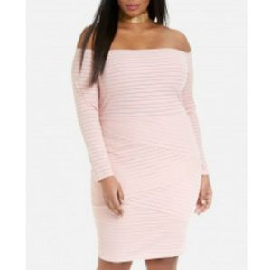 PLUS SIZE Fashion to Figure Dress